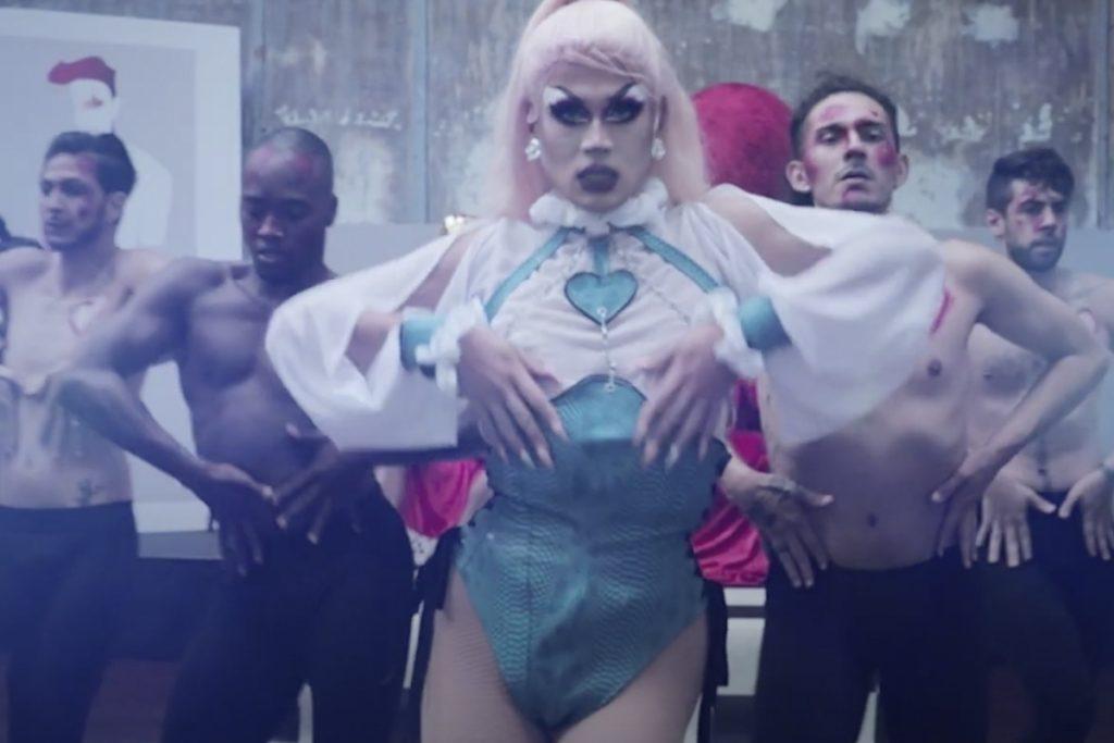 Freya Kor gagnante de Drag Me Up dévoile son clip Légendaire !